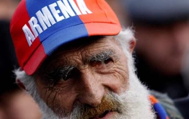 Киевский адвокат: Права армян на Украине полностью игнорируются