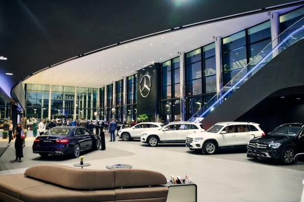 В Москве открыли новый флагманский салон Mercedes-Benz — «Панавто Сити»