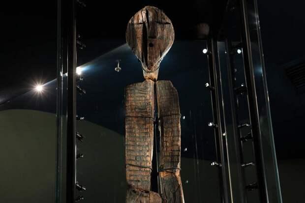 На Урале возбуждено дело о порче древнейшей деревянной скульптуры