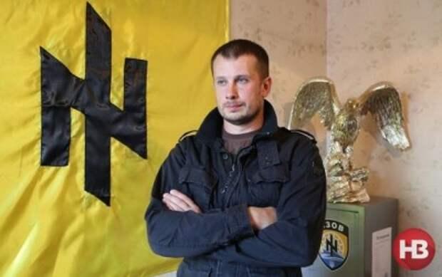 Порошенко готов отдать Путину 10 областей Украины — комбат «Азова»