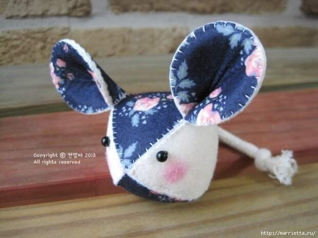 Мышки из декоративного войлока (19) (700x524, 214Kb)