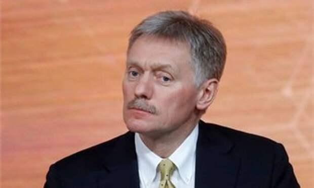 Песков раскрыл детали самоизоляции Путина после выявления COVID-19 в окружении
