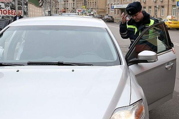 Undercover patrol cars start operating in Moscow