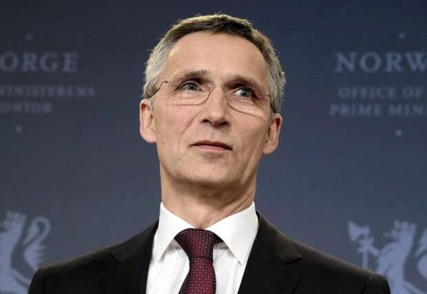 Нет, ты посмотри на него. Столтенберг заявил: НАТО не продвигается на восток, это Восток хочет в НАТО