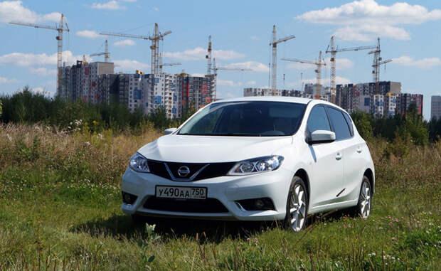 Nissan Tiida: Из пункта «А» в пункт «Б»