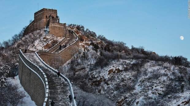 Бесподобная Великая Китайская стена зимой