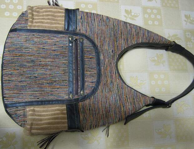 Сумка из обивочной ткани с добавлением трикотажа и кожи