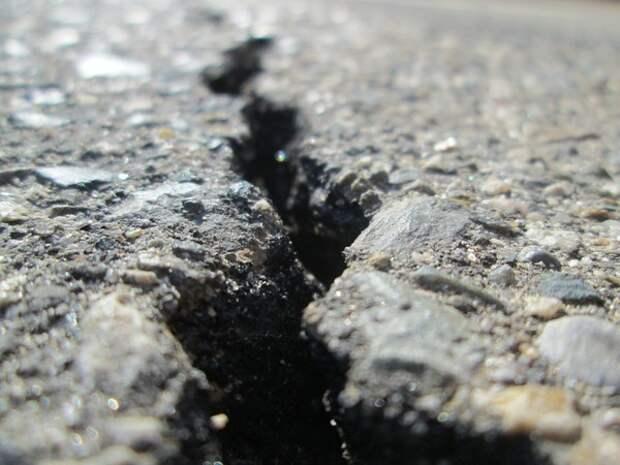 Более 600 человек пострадало в результате землетрясения в Иране