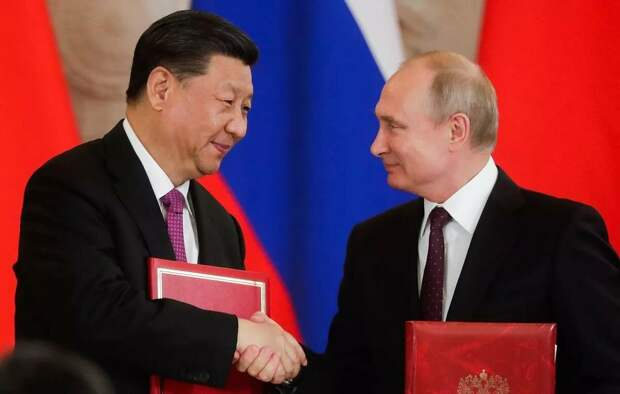 Россия и Китай загоняют Байдена в «космическую ловушку».