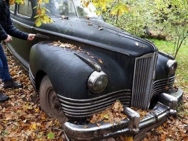 ЗиС-110, простоявший около 60 лет под открытым небом в Крыму barn find, ЗИС-110, авто, автомобили, зис, лимузин, олдтаймер, ретро авто