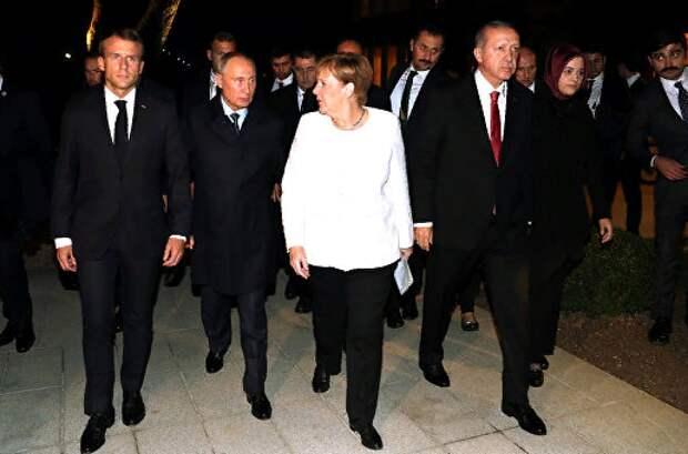 """""""Возьмемся за руки, друзья!"""" Но не с Россией, считают в Германии"""