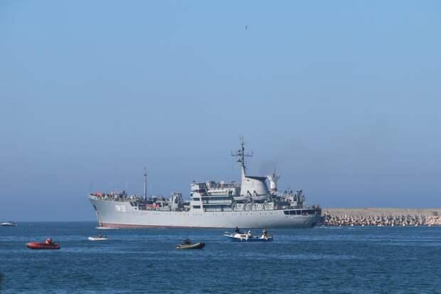 В НАТО чрезвычайно обеспокоены усилением присутствия РФ в Чёрном море