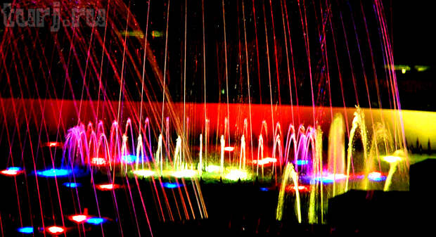 Уникальный световой фонтан в Праге