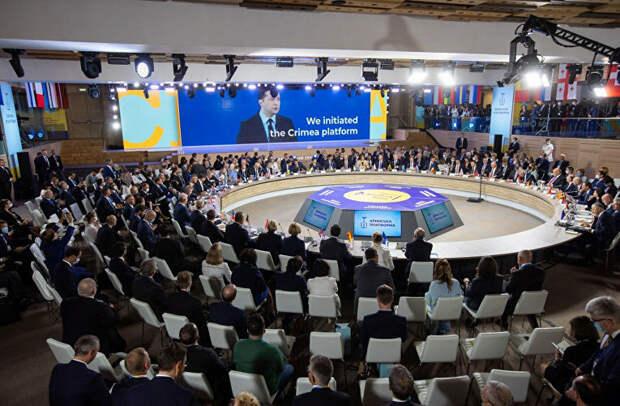 """Что пишут о """"крымской платформе"""" мировые СМИ"""