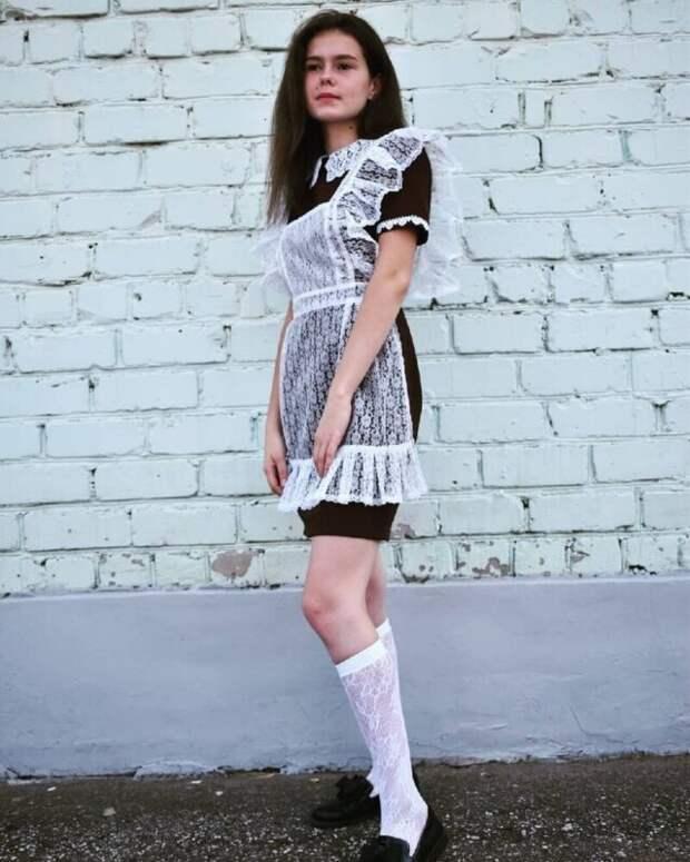 Каблуки, помада, кружева ибанты: ослепительные 11-классницы 2020 года