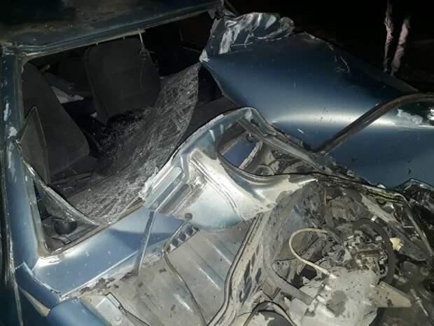 ДТП в Крыму: нетрезвый водитель автомобиля подъехал к железной дороге и припарковался (ФОТО, ВИДЕО)