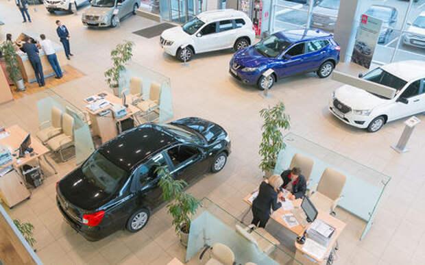 Продажи автомобилей в России остались на прошлогоднем уровне