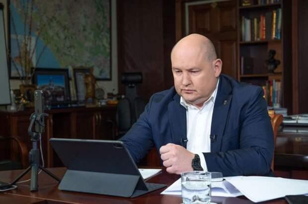Михаил Развожаев ответил на вопросы севастопольцев в прямом эфире в социальных сетях