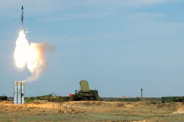Зенитчики из Абхазии провели боевые пуски из комплекса С-400