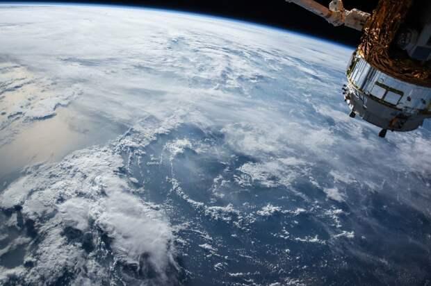 Американские военные проведут на МКС эксперимент по обнаружению гиперзвуковых ракет