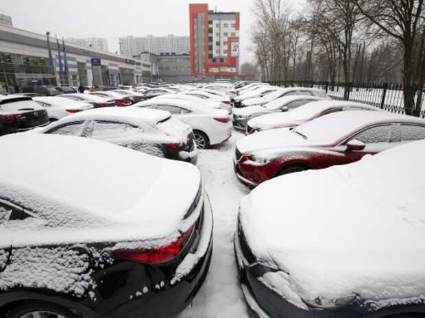 Иностранные компании стали меньше ввозить автомобилей в Россию