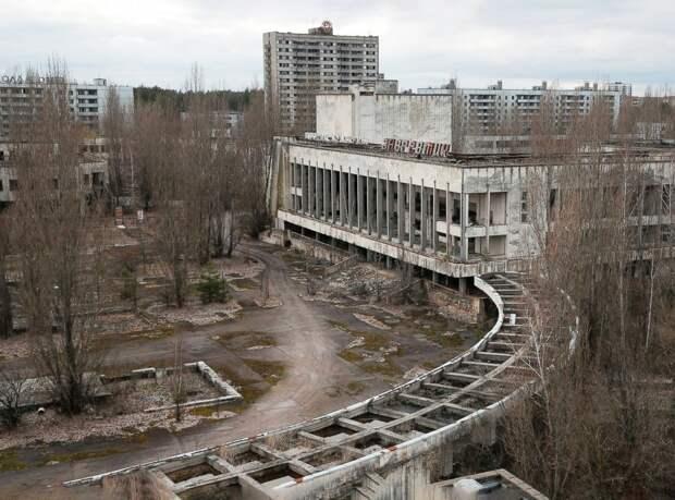Почему люди живут в Хиросиме и Нагасаки, а в Чернобыле нет