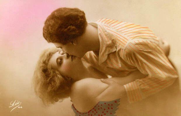 Французские открытки, в которых показано, как романтично целовались в 1920-е годы 27