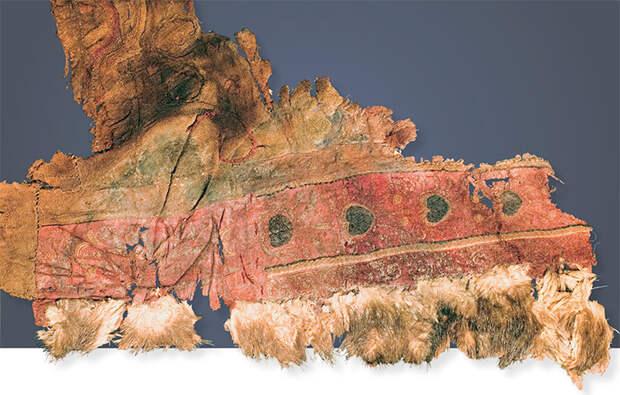 Фрагмент верхней одежды из шерстяной ткани. 20-й ноин-улинский курган