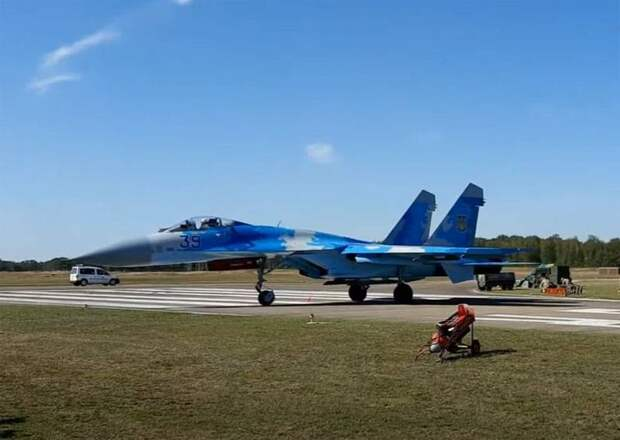 На Украине предложили локализовать в стране производство истребителей Су-27 и МиГ-29