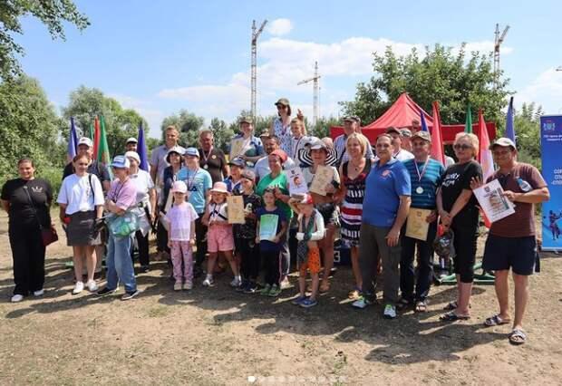 Утки мешали рыболовным соревнованиям в Молжаниновском