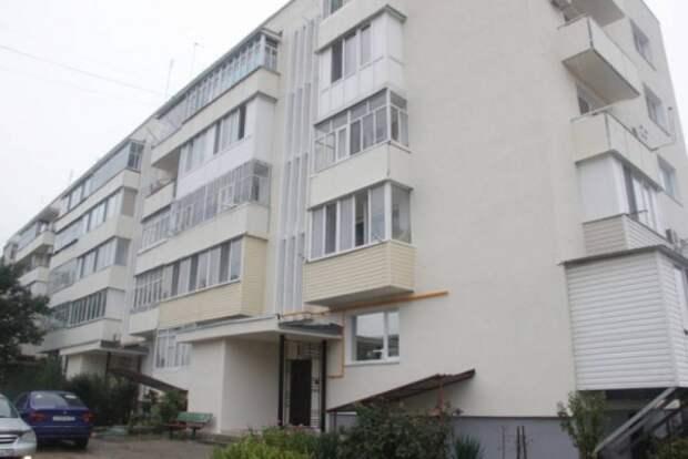 В Севастополе капитально отремонтируют ещё 155 домов