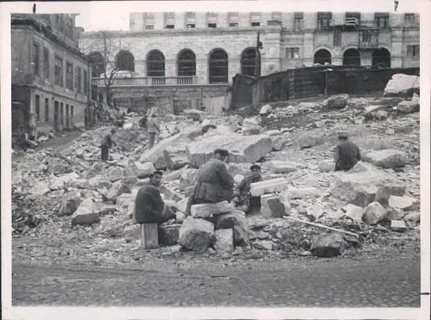 1953.Москва. Снос старых зданий