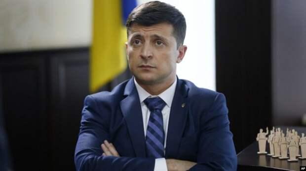 «Чистки» Зеленского продолжаются: новые перепалки президента с чиновниками