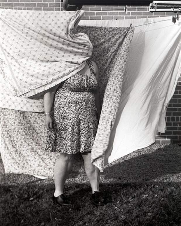 Темные тела: мрачные истории налучших черно-белых снимках совсего мира