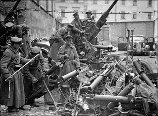 Почему красноармейцы стреляли в солдат вермахта ещё 1939 году