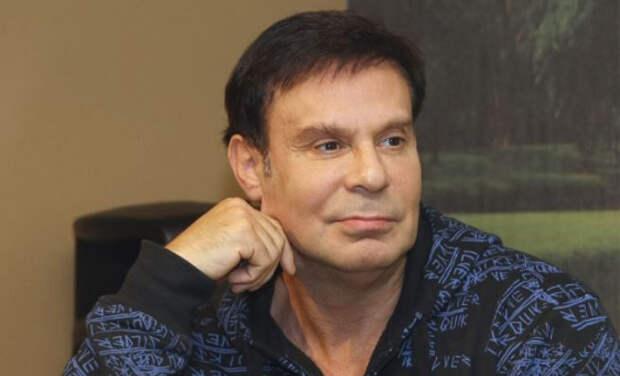 Ефим Шифрин признался, что занялся своим телом из-за Пугачевой