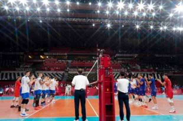 Российские волейболисты впервые проиграли на Олимпиаде в Токио