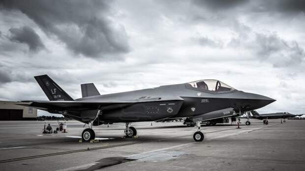 Недоделанные «Молнии». Почему F-35 останется самым неудачным истребителем