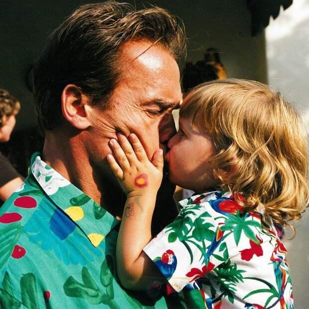 11 фотографий, которые доказывают, что Арнольд Шварценеггер не просто звезда, он  —  сказочный папа