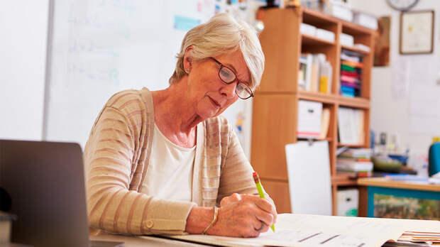 Кабмин не поддержал индексацию пенсий работающим пенсионерам