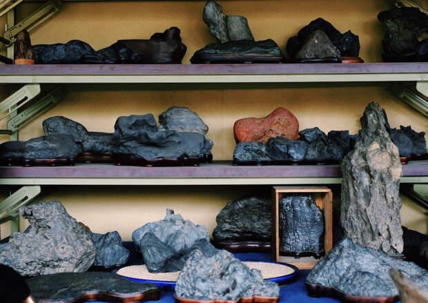 Найти камень суйсеки не так просто, но его можно купить