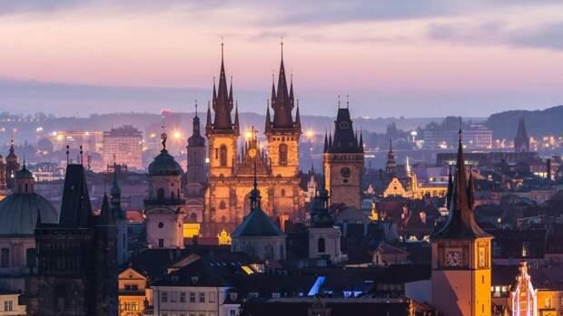 Чехия призвала ЕС и НАТО объявить персонами нон грата российских дипломатов