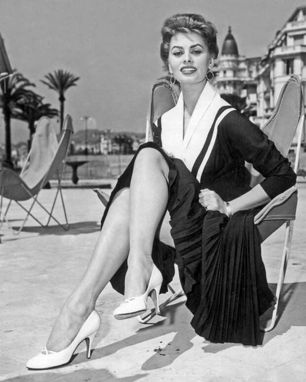 Софи Лорен – икона стиля 1954 года.