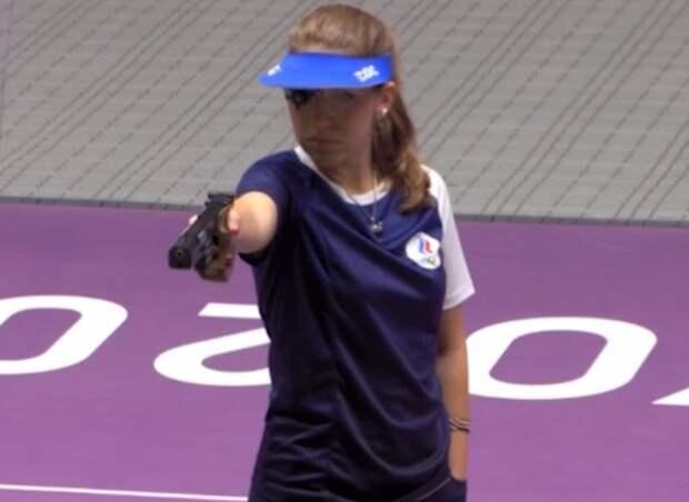 Бацарашкина выиграла второе золото на Олимпиаде, теперь у России 10 медалей