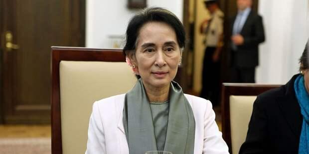 В Мьянме объявили чрезвычайное положение