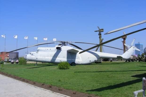 Технический музей ОАО АВТОВАЗ. Часть 4, авиация.