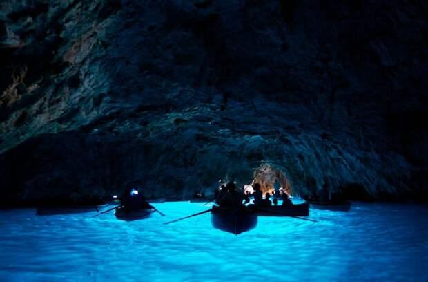 Нерукотворная красота: 12 самых удивительных пещер мира