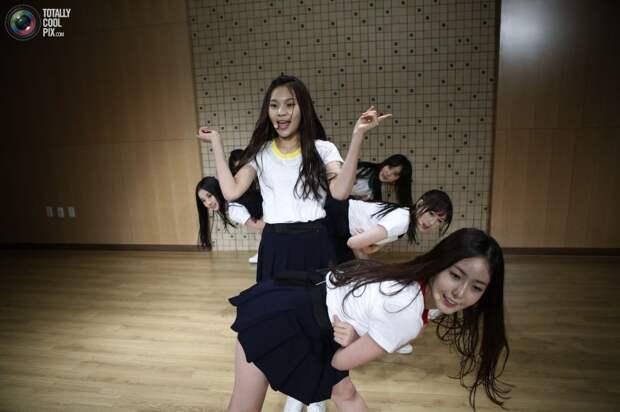 Южнокорейские школьницы