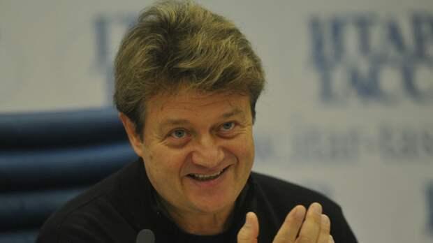 Недоверие жены подтолкнуло солиста «Песняров» Валерия Дайнеко к изменам