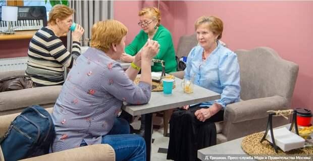 Сенатор Святенко: «Московское долголетие» в 2021 году будет профинансирована в полном объеме/Фото: Д.Гришкин, mos.ru